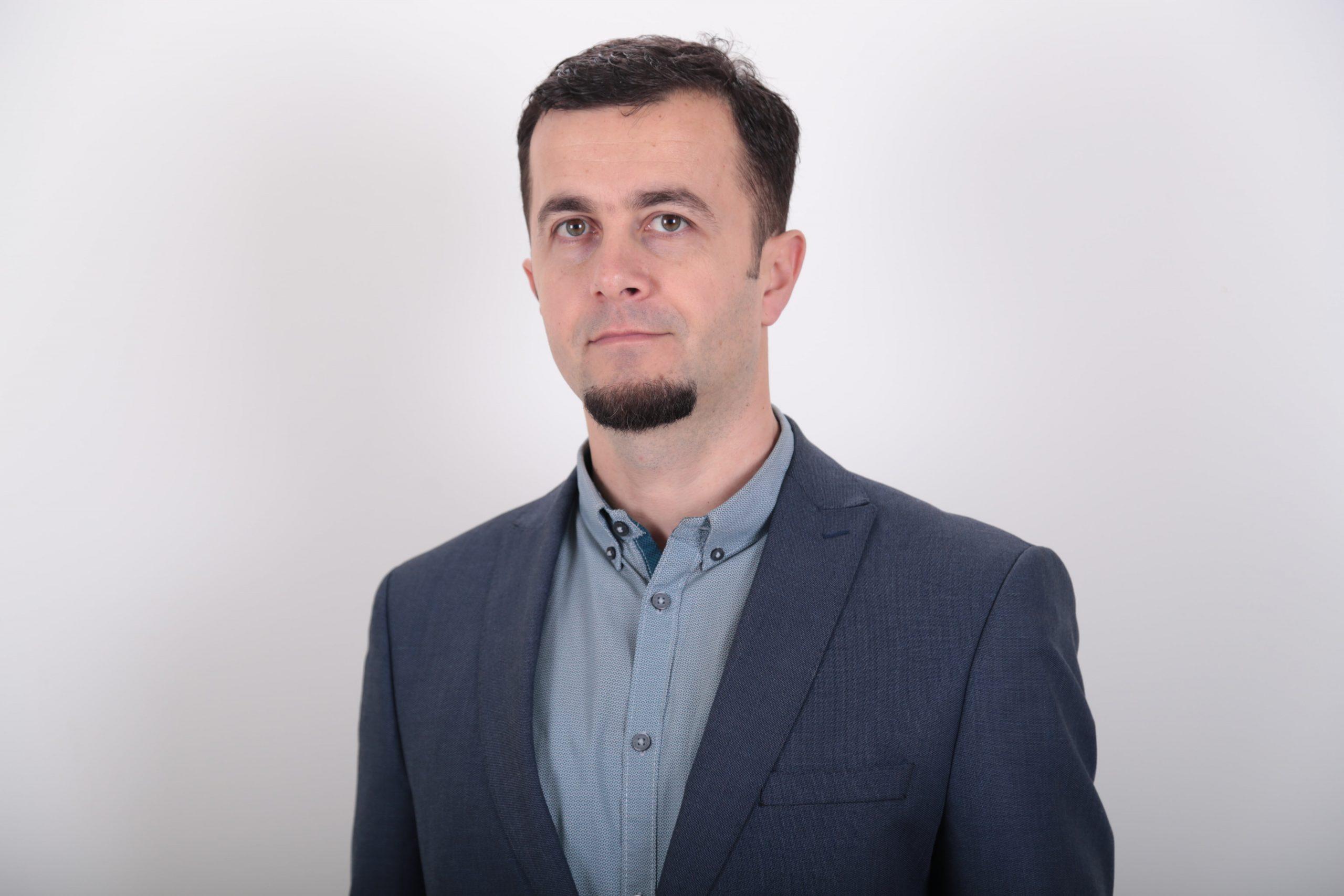Petrit Ahmeti