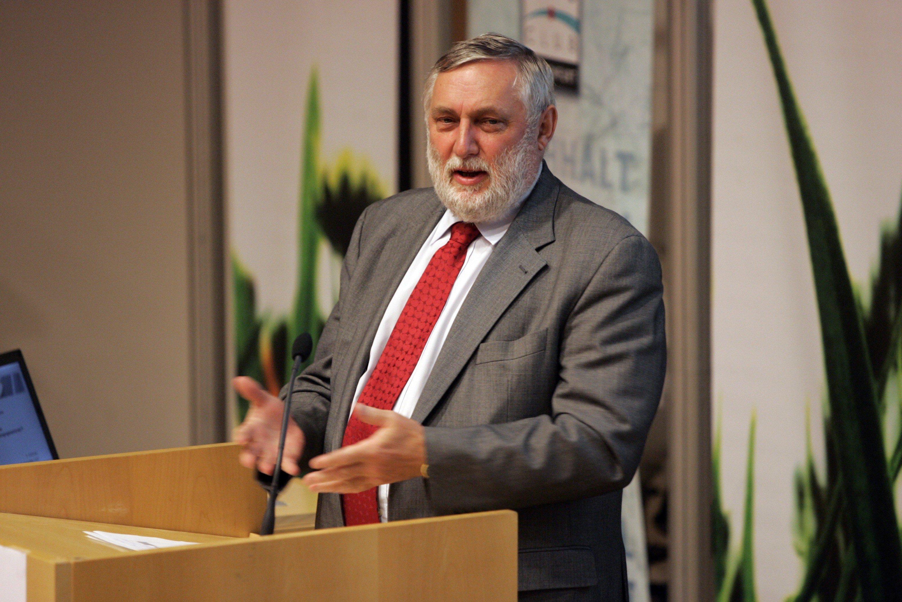 Presidenti i Forumit Evropian Aplbach, Franz Fischler viziton Kosovën
