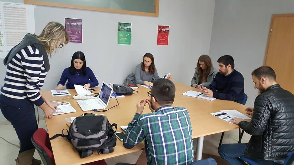 Instituti i Gjuhëve të Huaja në UBT, qendër e kurseve profesionale