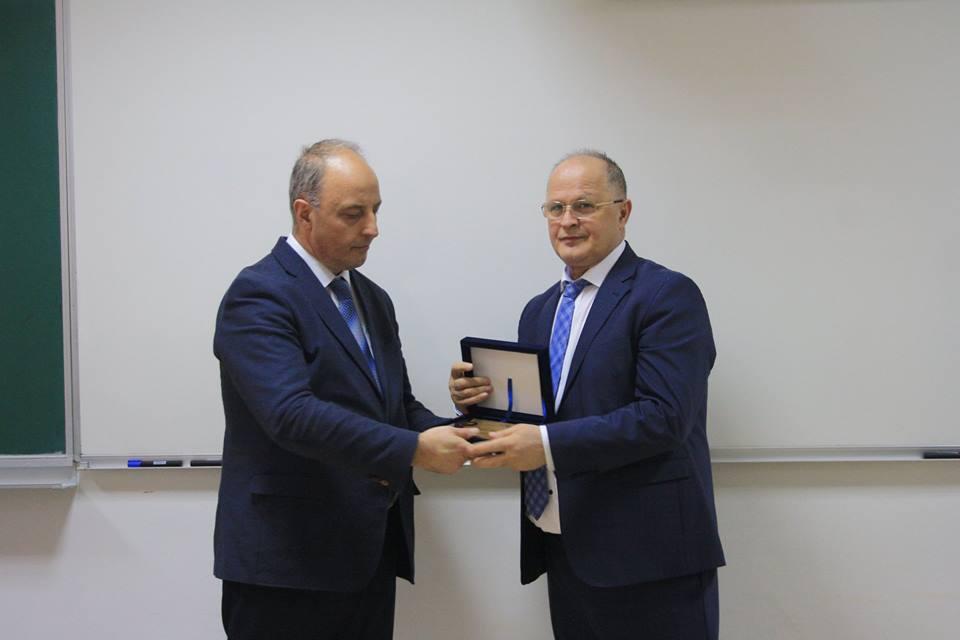 UBT dhe Dukagjini i ndajnë mirënjohje Ramiz Kelmendit