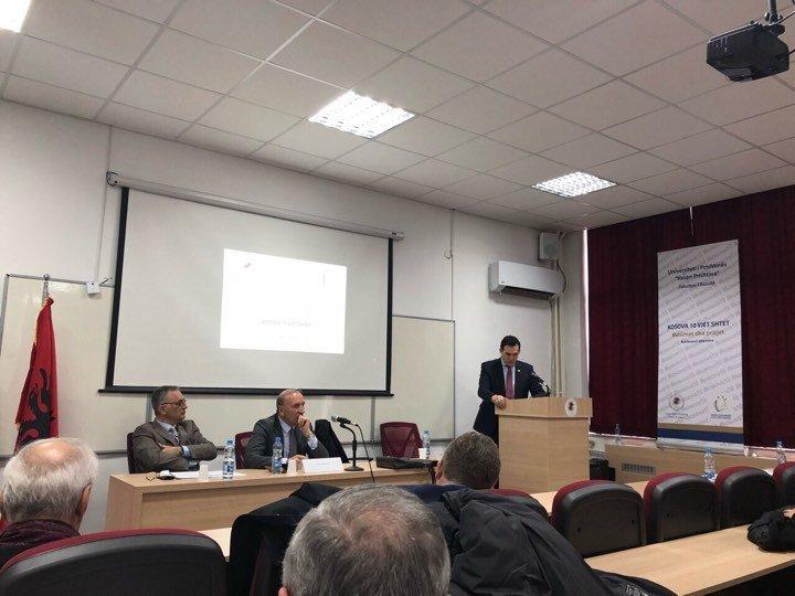 """Rektori Hajrizi, pjesëmarrës në konferencën """"Kosova 10 vjet shtet – Mësimet dhe pritjet"""""""