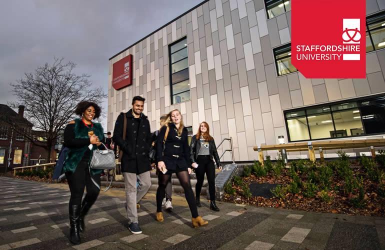 """Studentet e UBT-së, pjesë e Universitetit """"Staffordshire"""", në Angli"""