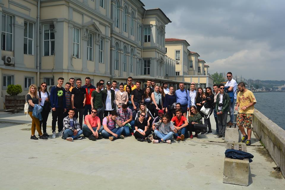 Studentët e UBT-së vizituan Panairin e materialeve ndërtimore në Turqi
