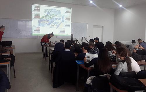 Në UBT u mbajt ligjërata tematike për kulmet e rrafshëta