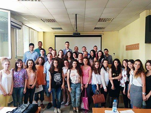 Aktivitete të shumta të studentëve të Shkencave Politike në UBT