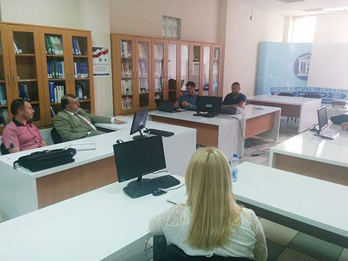 UBT organizoi punëtori me ekspertë ndërkombëtarë me pjesëmarrësit e inkubatorit të biznesit