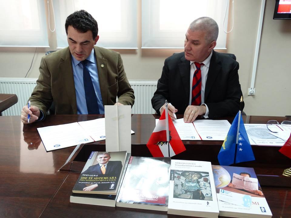 Rektorët e UBT-së e të UET-it nënshkruajnë Memorandum mirëkuptimi