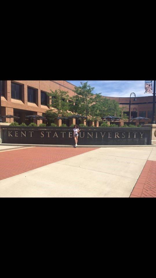 """Studentja e Kolegjit UBT, pretendete për t'u bërë pjesë e """"Kent State Univeristy"""""""