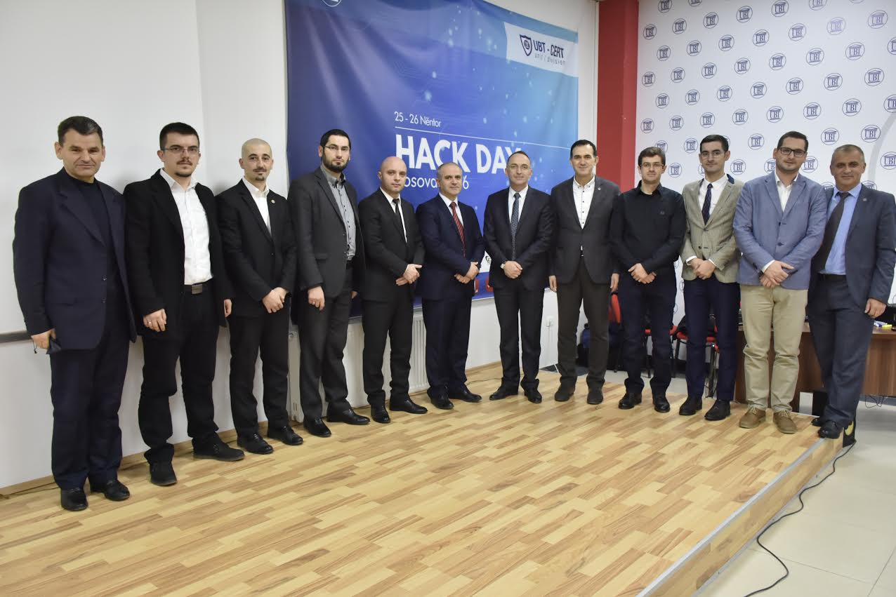 """UBT nis aktivitetin """"HackDay Kosova 2016"""" – rektori Hajrizi porosit garuesit që të jenë hakerë të bardhë"""