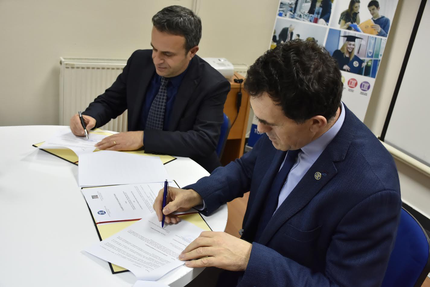 UBT e  UPT  nënshkruajnë marrëveshje bashkëpunimi ndëruniversitar