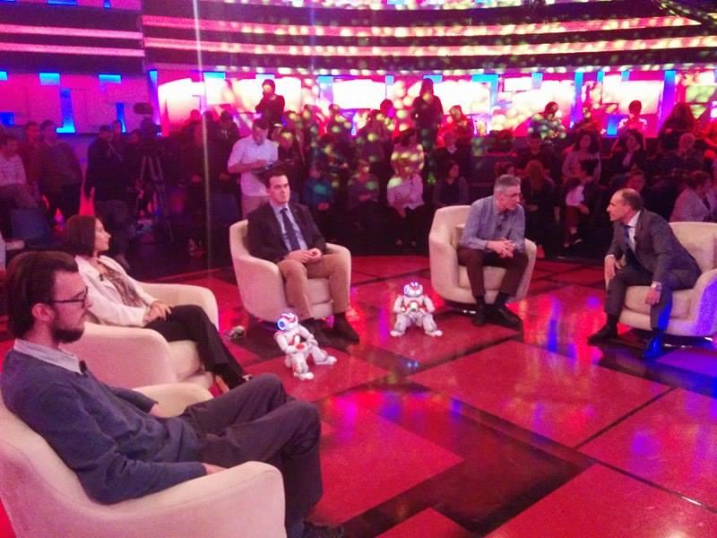 Rektori i UBT-së, Edmond Hajrizi,  në Top Show me Alban Dudushin