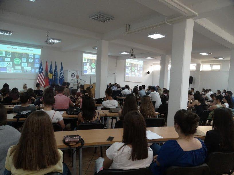 Studentët e Shkencave Politike simulojnë zgjidhje të konflikteve ndërkombëtare në ANV