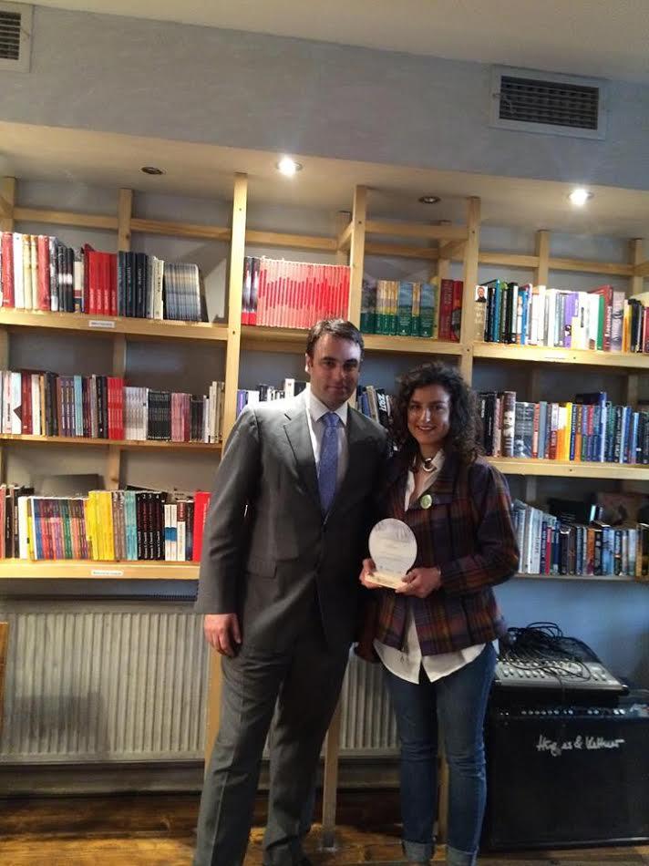 Arrita Deva, fituese e çmimit të ndarë nga Ambasada Britanike