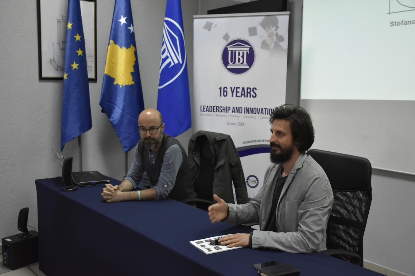 Artisti Stefano Romano prezanton punën e tij në UBT