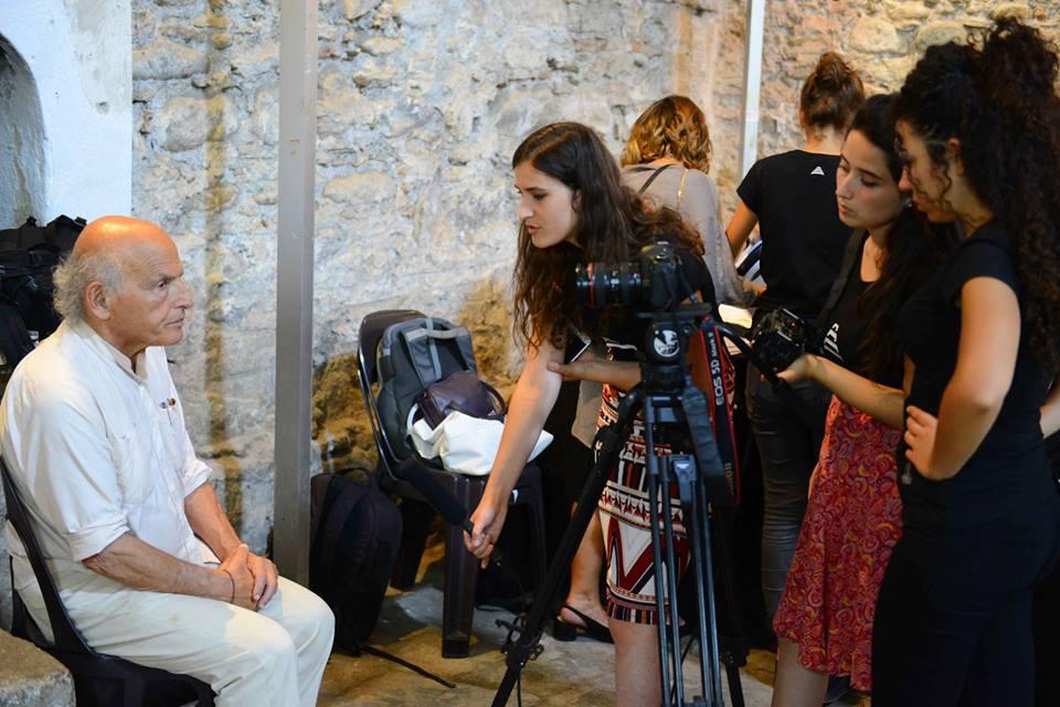 Studentët e UBT-së përfundojnë internship-in në Autostradën Biennale