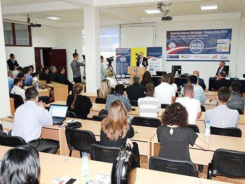 """UBT dhe Shoqata Austriake-Kosovare organizuan konferencën """"Dita Financiare Austriake-Kosovare për hipotekat 2015"""""""