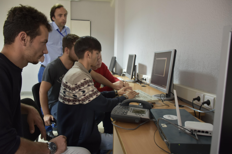 Fakulteti i SHKI-së në UBT, vendi ku krijohen ekspertët e së ardhmes në këtë fushë