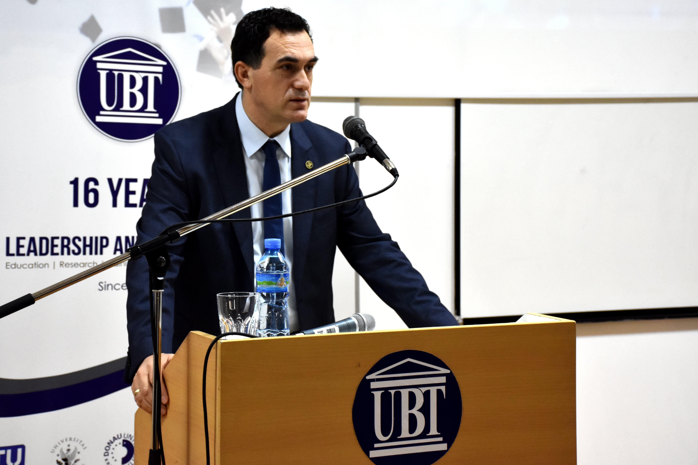 UBT uron të gjithë shqiptarët për nder të 10-vjetorit të Pavarësisë së Kosovës