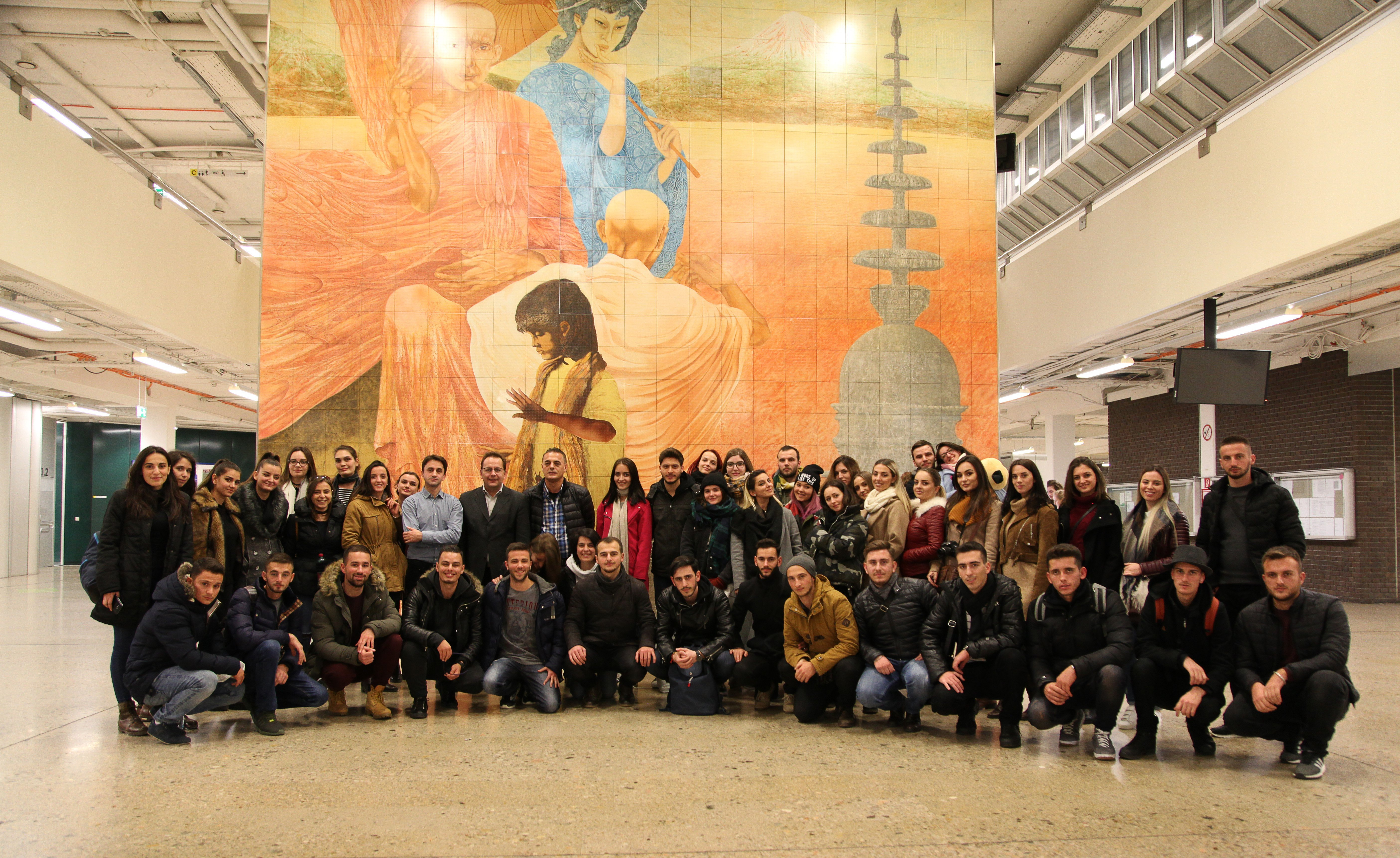 Studentët e UBT-së filluan vizitën nëpër Evropë