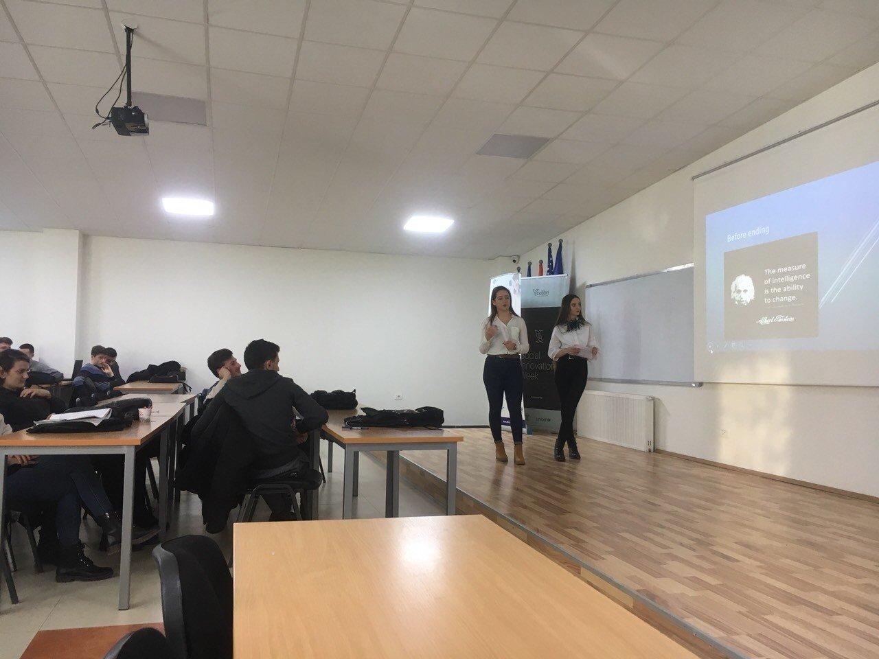 Studentët e SHKI-së, në punimet e tyre i trajtojnë sfidat globale