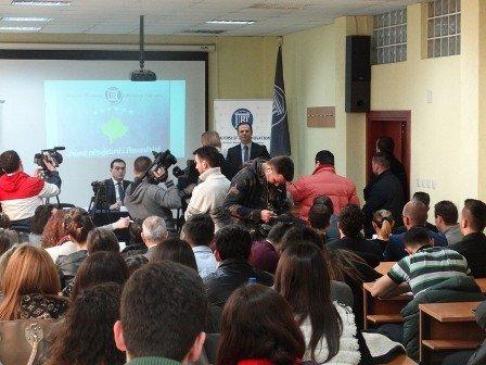 Me rastin e Ditës së Pavarësisë, zëvendëskryeministri, Hajredin Kuqi mbajt ligjëratë në UBT