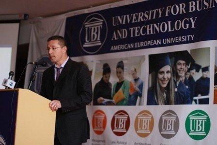 Rektori i Universitetet të Vlorës vizitoi UBT-në