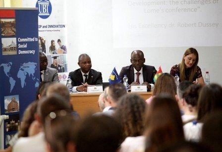 Ligjëratë publike e Ministrit të Punëve të Jashtme dhe Bashkëpunimit të Togos në UBT