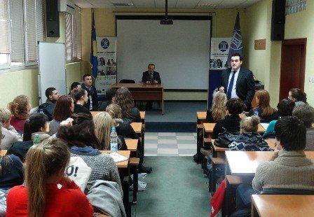 Studentët  nga  Universiteti i  Oslos  për vizitë  zgjodhën UBT