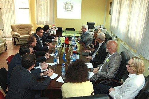 Zëvendësambasadori i Norvegjisë  për Kosovën Jon Hansen dhe delegacion nga Universiteti Gjovik  vizituan UBT
