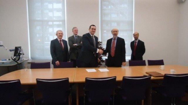 UBT  e  zyrtarizoj  marrëveshjen me Universitetin City