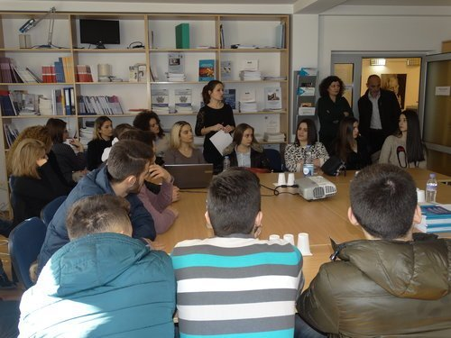 Studentët e Fakultetit të Drejtësisë dhe Fakultetit të Shkencave Politike në UBT vizitojnë zyrat e FES