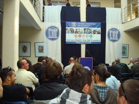 UBT organizon ceremoni për fillimin e vitit akademik 2011/2012