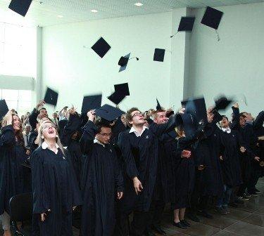 UBT ka shpallur konkursin për studime Master