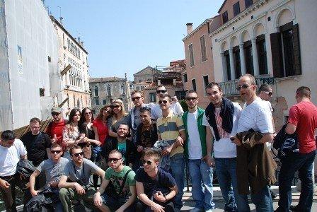 Studentët e UBT-së organizuan vizitë disaditore në Itali