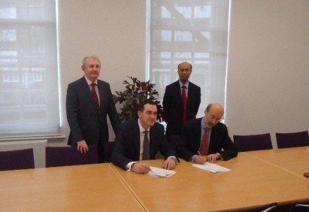 Nga UBT studimet vazhdohen në Universitetin City në Londër