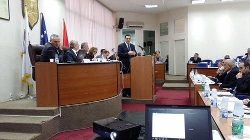 Kuvendi i Ferizajt miratoi strategjinë e zhvillimit 2014-2017, të hartuar nga UBT