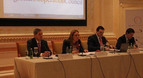 """Rektori i UBT-së mori pjesë në konferencën """"Strategjia e Evropës Juglindore 2020, vendet e punës dhe prosperiteti në perspektiven evropiane"""""""