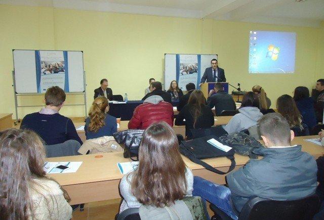 """UBT edhe në këtë vit ofron bursa jashtë vendit përmes projektit """"Erasmus Mundus – SIGMA"""""""