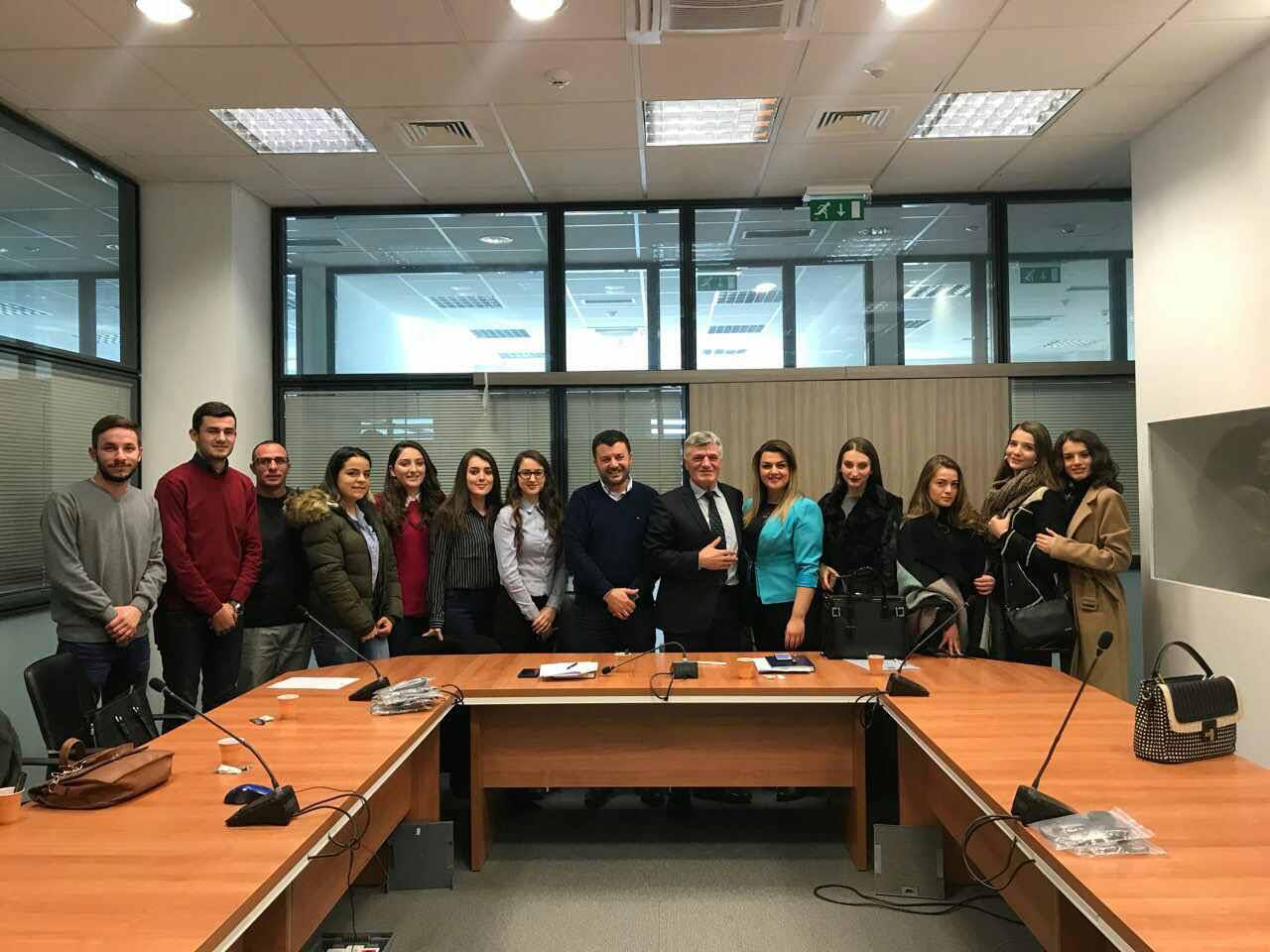 Studentët e Juridikut vizituan Prokurorinë Themelore në Prishtinë
