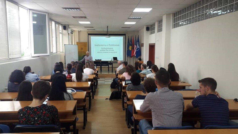 Në ANV-në e Shkencave të Ushqimit ligjëron akademik Ilirjan Malollari