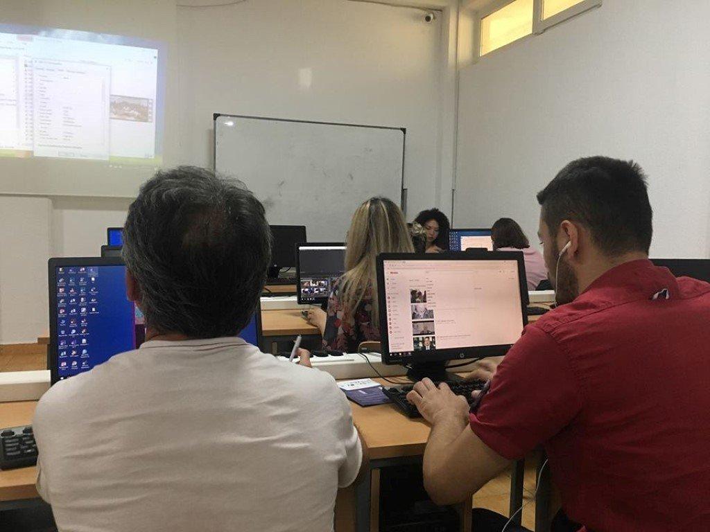 Pjesëmarrësit e ANV-së në Media dhe Komunikim mësojnë hapat e parë për editim të videove
