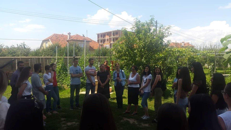 """Pjesëmarrësit e ANV-së së Shkencave së Ushqimit realizojnë vizitë në organizatën """"IADK"""""""