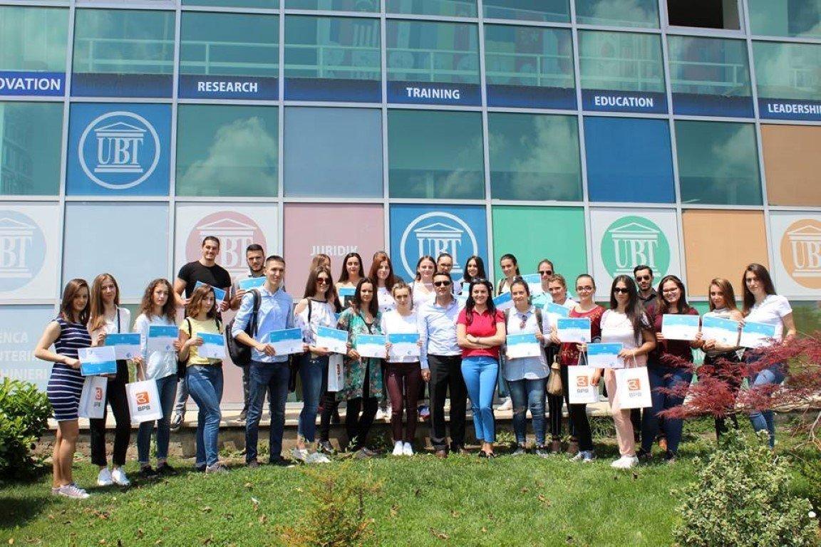 Kompanitë shqiptare prezantohen në Panairin e Karrierës