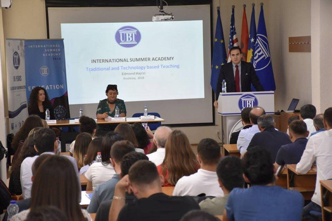 Në ANV-në e Edukimit ligjërohet për mësimin e kombinuar, mendimin kritik, vlerësimin e studentëve dhe arsimin gjithëpërfshirës