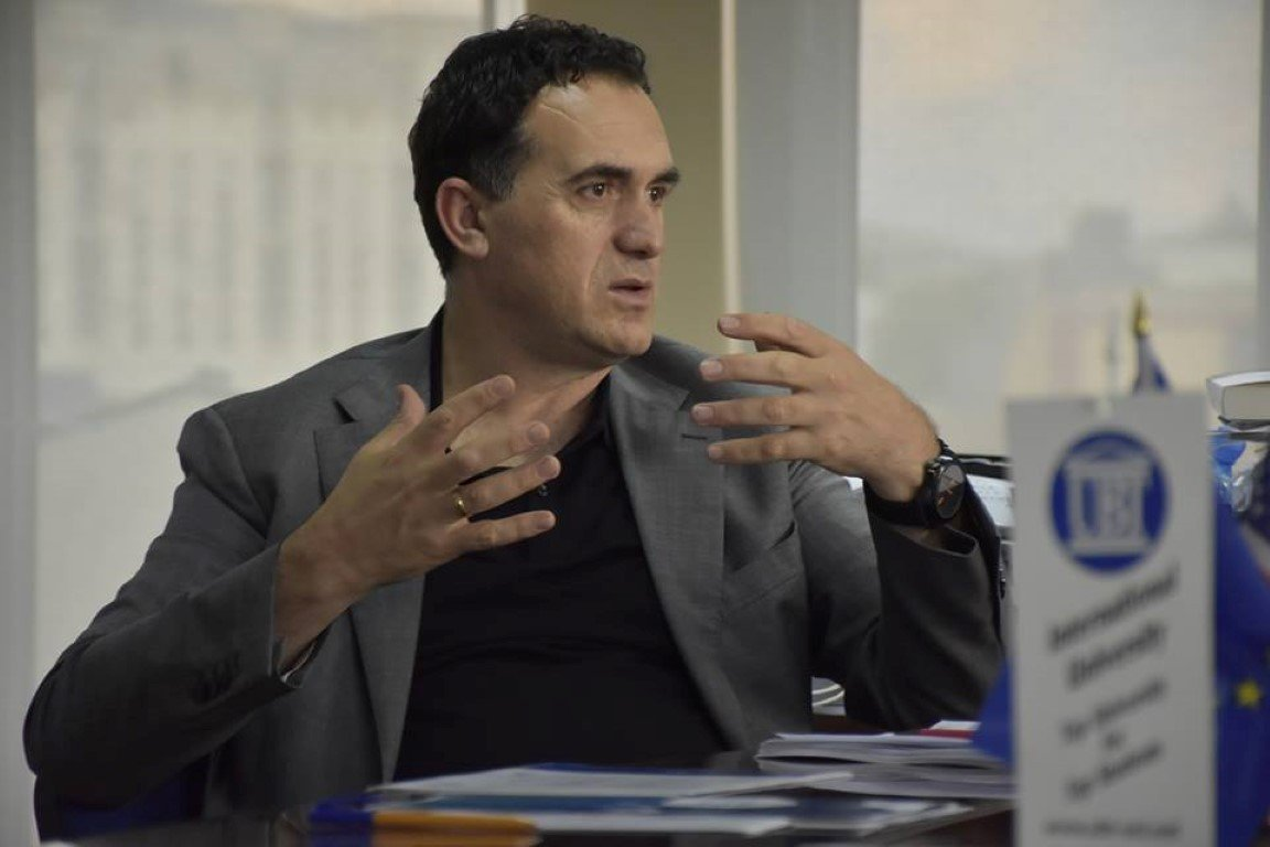 Rektori Hajrizi takohet me përfaqësues institucionalë të vendeve të Evropës