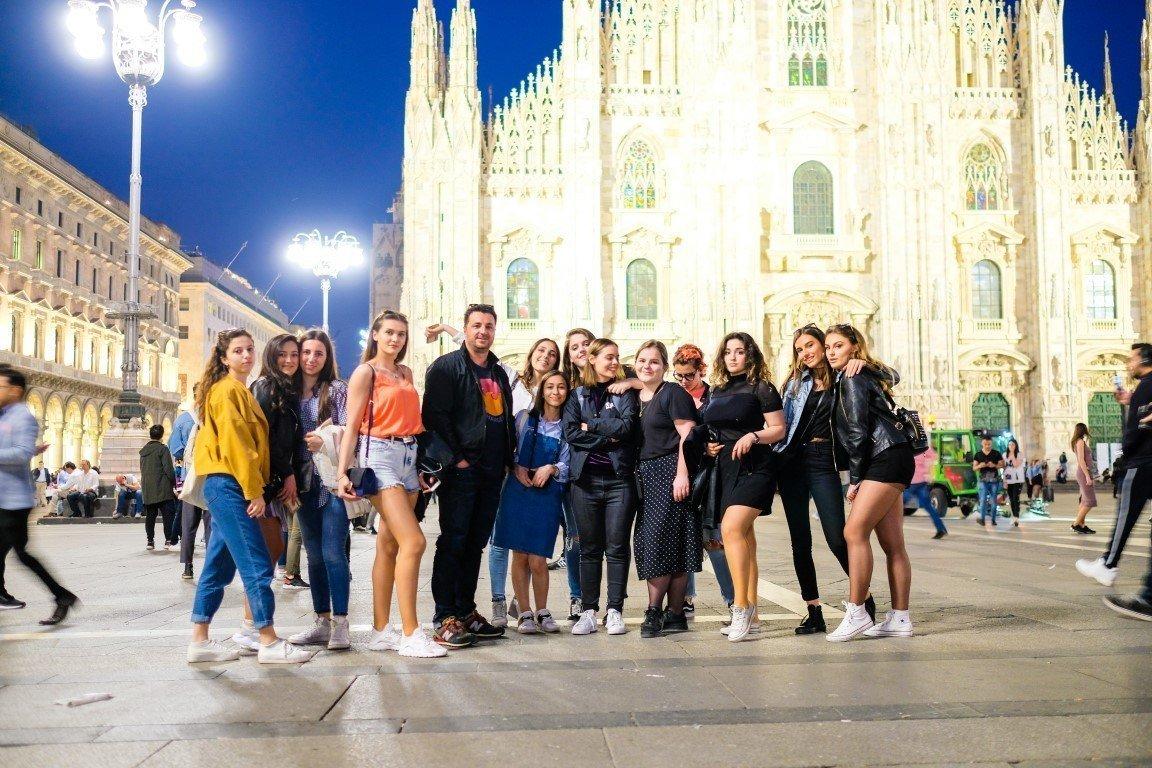 Studentët e UBT-së vizitojnë vendet e ëndrrave të tyre (VIDEO)