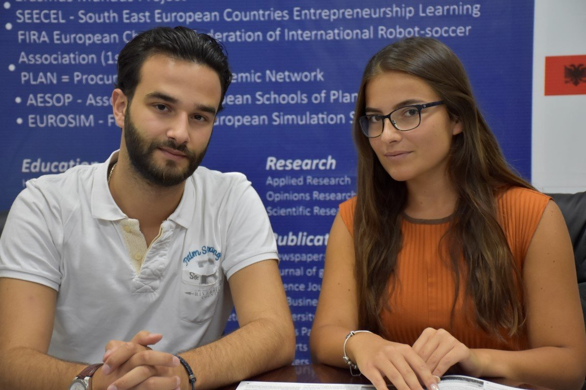Studentët e Farmacisë në UBT, përfitojnë bursë nga programi CEEPUS