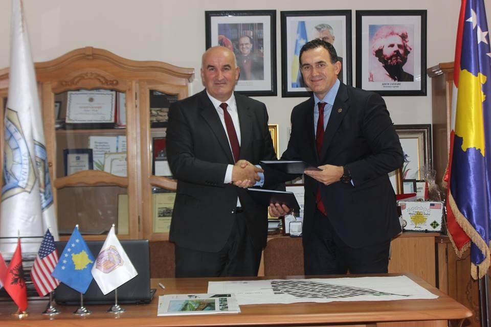 UBT nënshkruan memorandum mirëkuptimi me Komunën e Vitisë