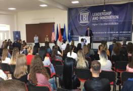 UBT pret me ceremoni madhështore studentët e rinj dhe profesionistët e së ardhmes