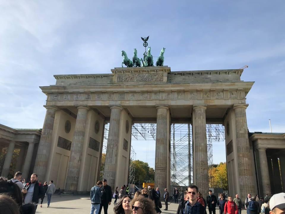 Studentët e UBT-së realizojnë vizitë studimore në Berlin
